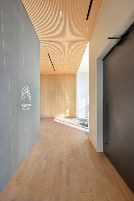 sepinood-lobby-cedrus architecture
